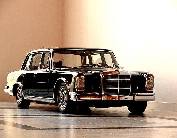 Mercedes Benz 600 Pullmann