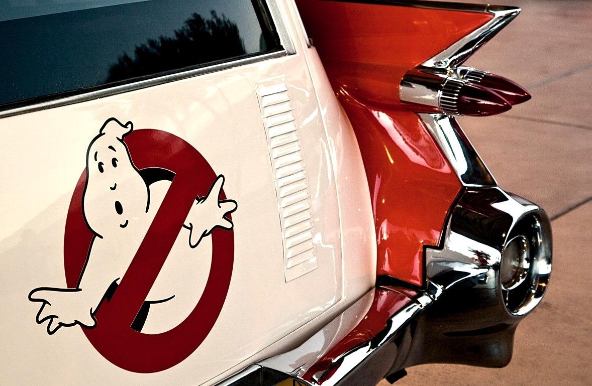 Ghostbusters Ecto-1 (1959 Cadillac Miller-Meteor)
