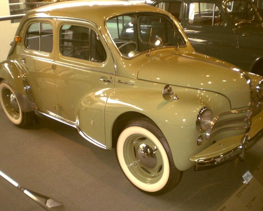 62 Hino Renault Model PA62