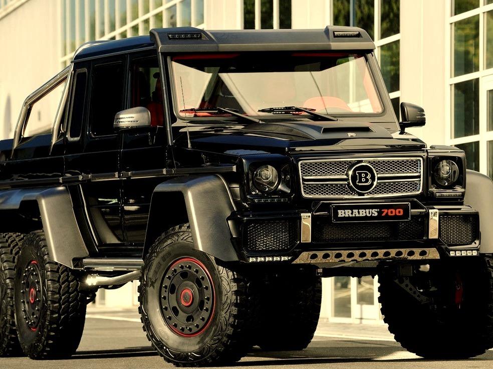 Mercedes-Benz G-Class Brabus 700 6x6