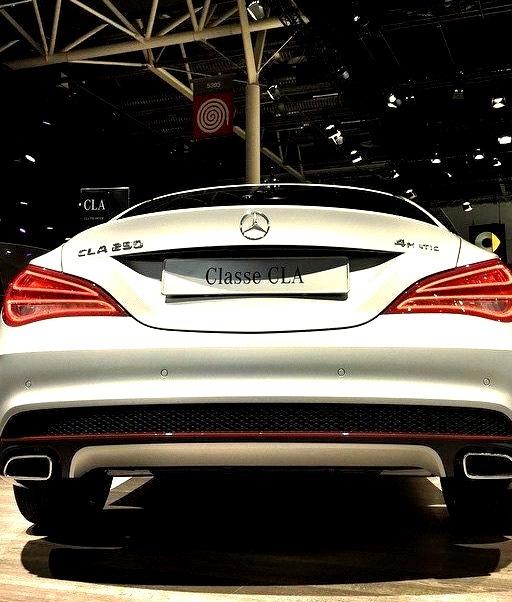 Mercedes-Benz CLA 220 4matic