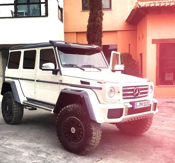 Mercedes-Benz G 500 4x4 (Instagram @gtspirit)