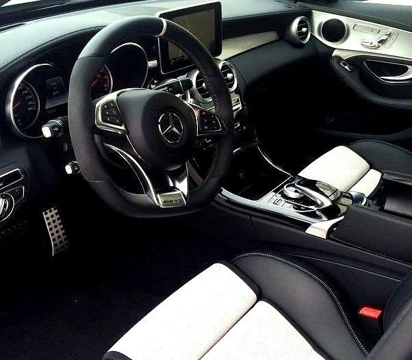 Mercedes-Benz C 63 AMG (Instagram @log42)